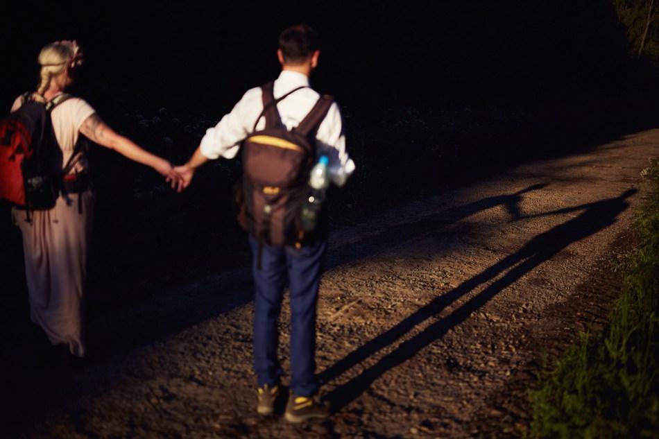 zdjecia plenerowe w Bieszczadach cien dwojga osob