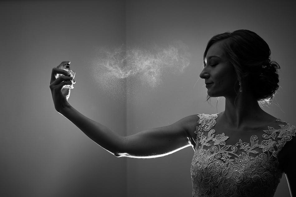 Fotograf slubny krosno wesele perfumy