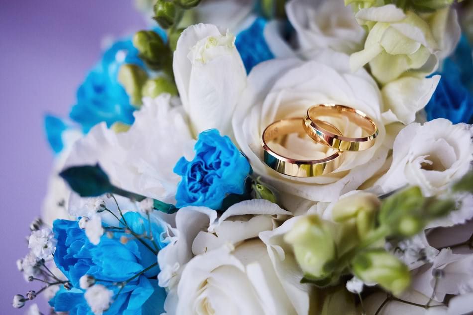 Fotograf slubny krosno wesele obraczki slubne