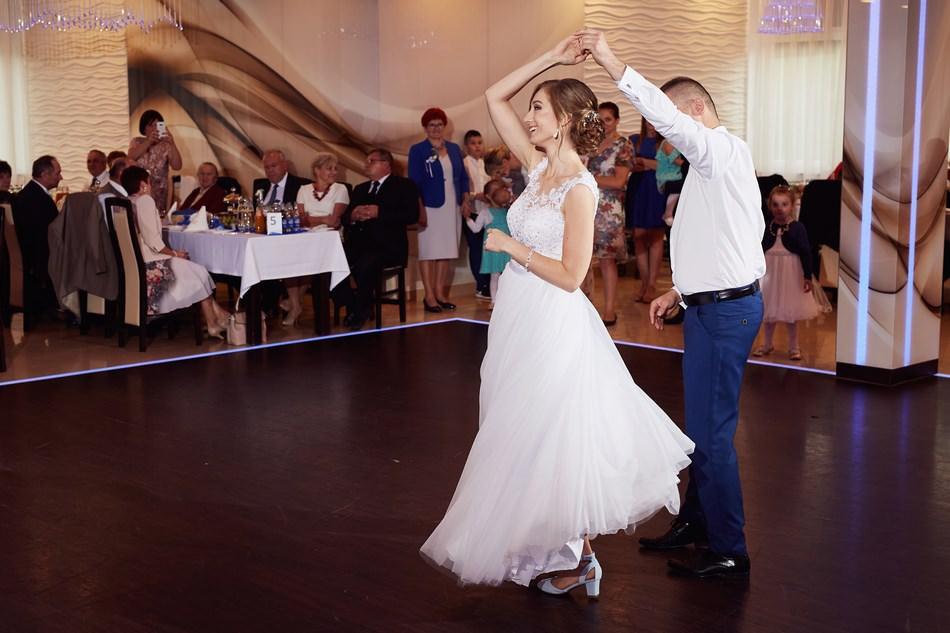 wesele krosno sala dwa serca pierwszy taniec