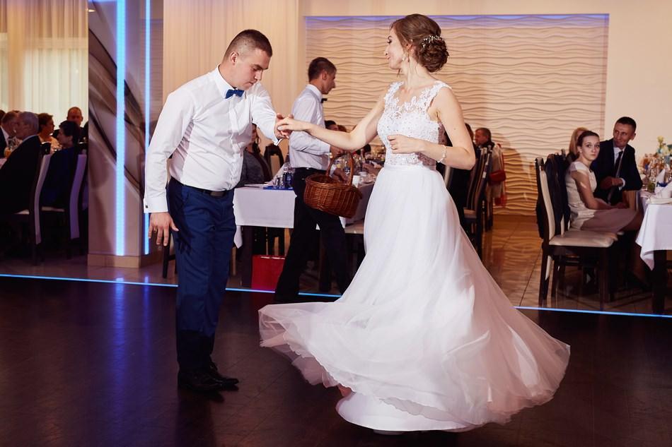 wesele w krosnie sala dwa serca pierwszy taniec