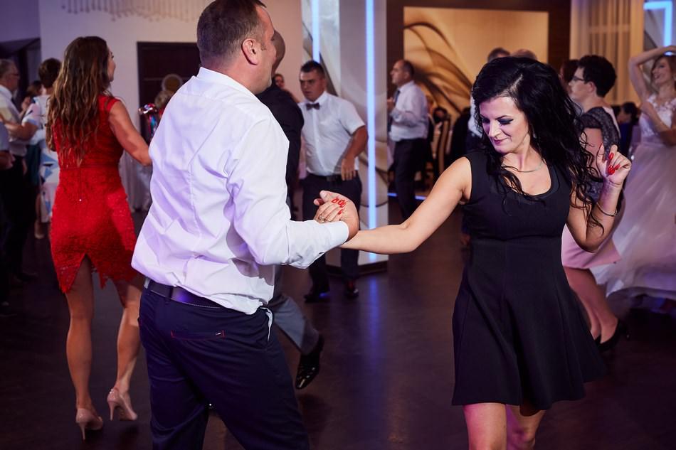 fotograf na slub krosno dwa serca zabawa weselna