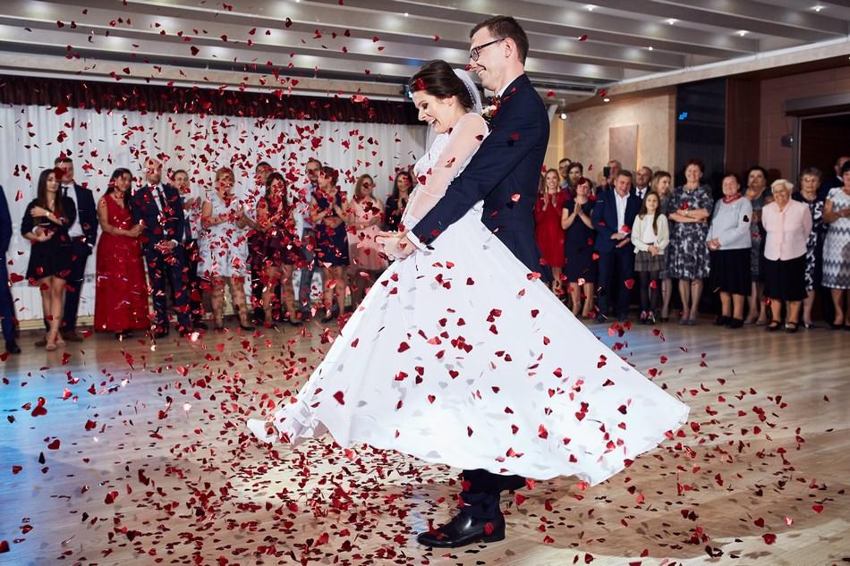 fotografia slubna mielec pierwszy taniec