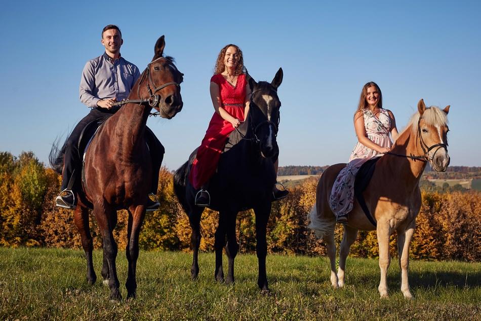 sesja plenerowa na koniach rzeszow