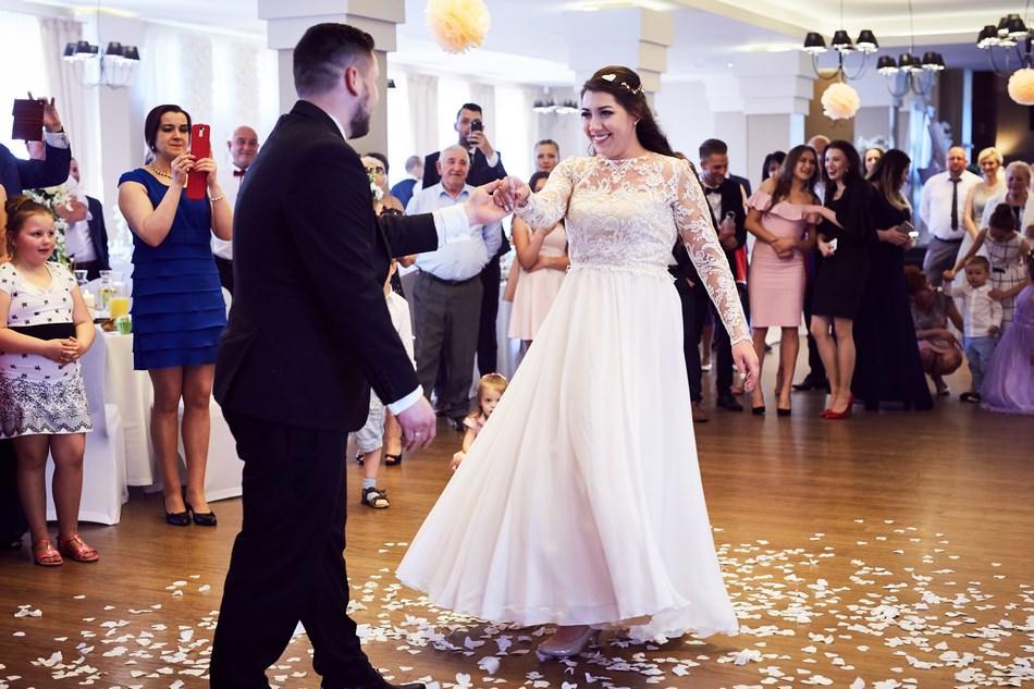 fotograf slubny jaroslaw pierwszy taniec pary